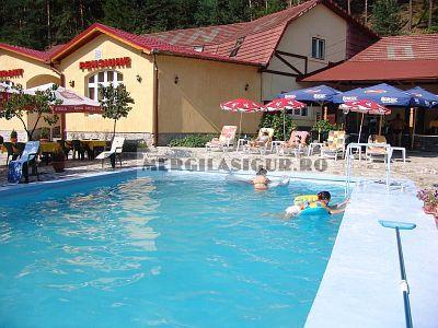 Pensiunea alpin paltinis cazare in paltinis sibiu for Cazare cu piscina interioara valea prahovei